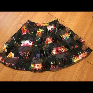 NWT Sequin Hearts Printed High Waisted Skirt